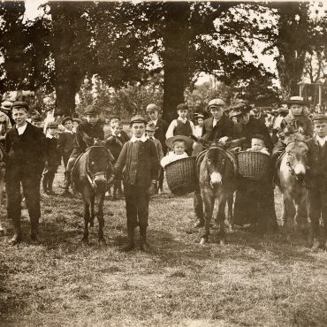 Homestead Park donkey rides in 1904
