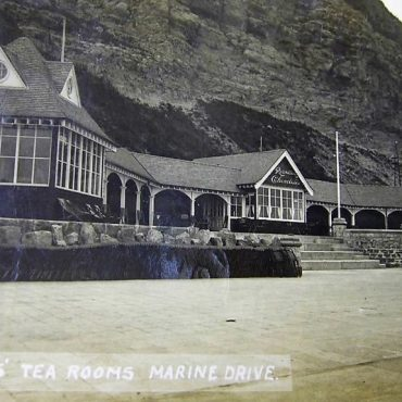 Rowntree's seafront cafe