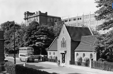 Black and white image of the Joseph Rowntree Memorial Library pictured from across the Haxby Road, c.1950